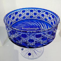 Хрустальная ваза для фруктов серии «Шведка» на ножке синяя